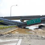 Flyover near Cyberjaya and Putrajaya collapses! So scary ah!