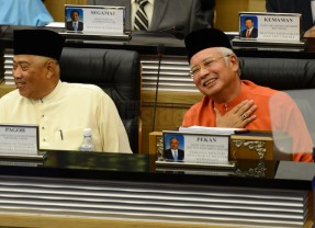 Malaysia Budget 2015 : GST, tax breaks and BR1M among highlights