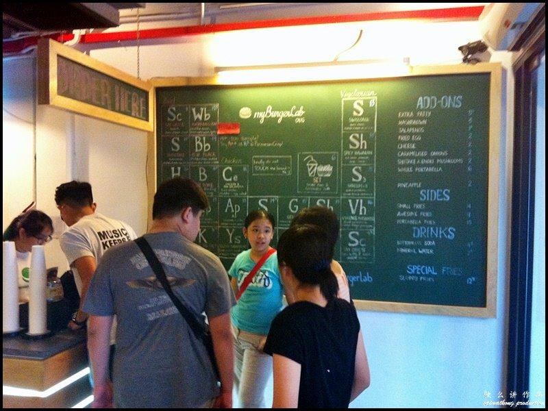 myBurgerLab @ OUG : chalkboard menu