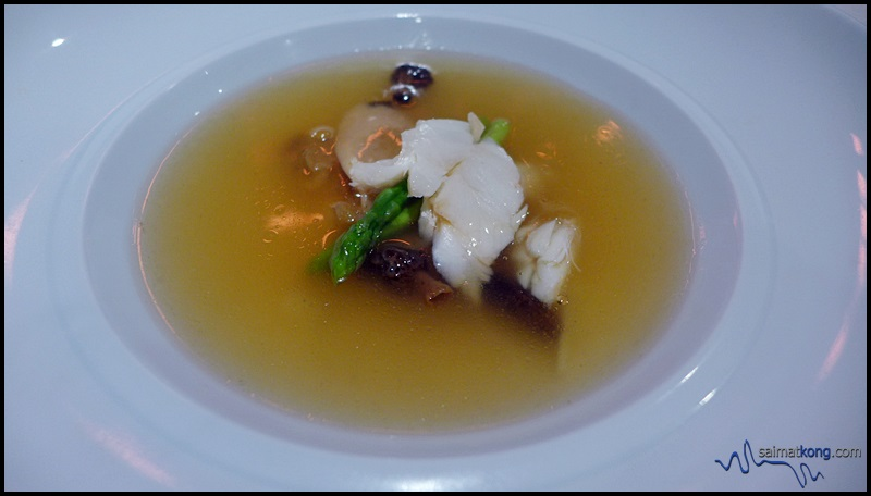 MIGF 2016 Menu @ Dynasty Restaurant, Renaissance Hotel KL - Lobster consommé, morel mushroom with fresh crab meat and sea treasure.